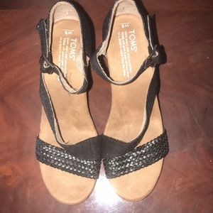 Toms wedges sandals size 8